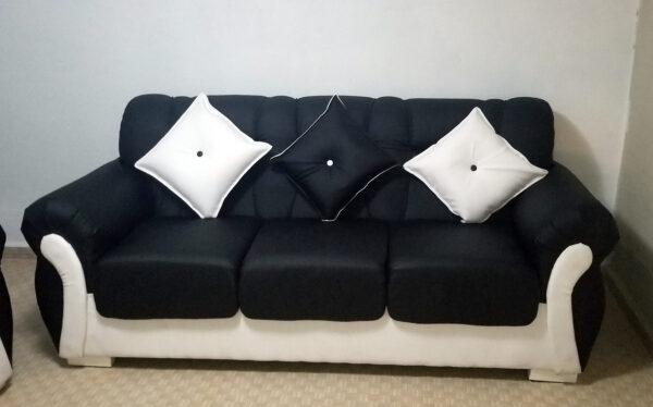 Brasileño Moderno Negro y Blanco 3 con 2
